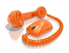 Combiné téléphonique relié au fil d'une souris